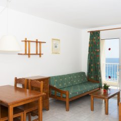 Отель Apartamentos HSM Calas Park - All Inclusive комната для гостей фото 5