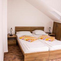 Отель D & Sons Apartments Черногория, Котор - 1 отзыв об отеле, цены и фото номеров - забронировать отель D & Sons Apartments онлайн комната для гостей фото 4