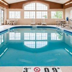 Отель Comfort Suites Columbus США, Колумбус - отзывы, цены и фото номеров - забронировать отель Comfort Suites Columbus онлайн бассейн фото 2