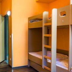 Hostel Hütteldorf сейф в номере