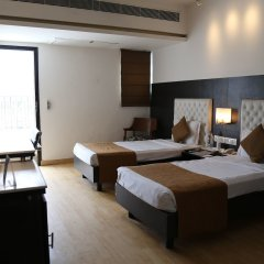 The Corus Hotel комната для гостей