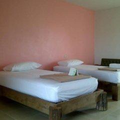 Апартаменты Baan Klang Noen Apartment Паттайя комната для гостей