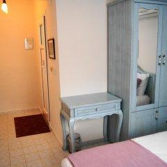 Forever Hotel сейф в номере