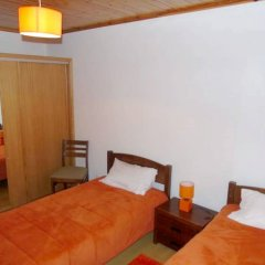 Отель House With 2 Bedrooms in Horta, With Wonderful sea View, Enclosed Garden and Wifi - 4 km From the Beach Орта комната для гостей фото 2