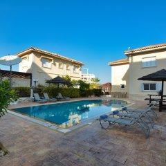 Отель Jason 8 Villa Кипр, Протарас - отзывы, цены и фото номеров - забронировать отель Jason 8 Villa онлайн бассейн фото 2