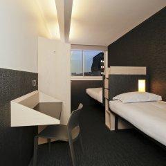 Отель FIAP - Hostel Франция, Париж - отзывы, цены и фото номеров - забронировать отель FIAP - Hostel онлайн комната для гостей фото 4