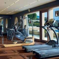 Отель Grand Resort Lagonissi фитнесс-зал фото 4