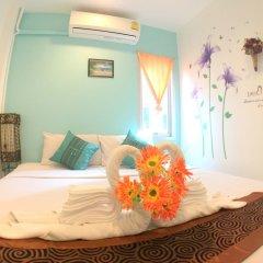 Отель The Room Patong в номере фото 2