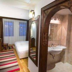 Отель Arbanashki Han Hotelcomplex Велико Тырново комната для гостей фото 3