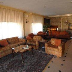 Отель Black Iris Hotel Иордания, Мадаба - отзывы, цены и фото номеров - забронировать отель Black Iris Hotel онлайн интерьер отеля фото 2