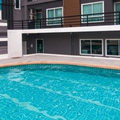 Отель The Scene Condo Phuket бассейн