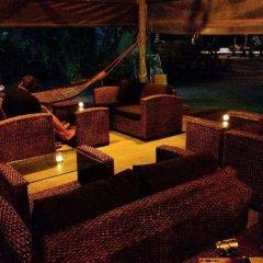 Отель Charm Beach Resort гостиничный бар