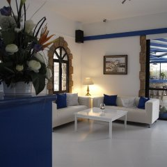 Отель Hilltop Gardens Кипр, Пафос - 1 отзыв об отеле, цены и фото номеров - забронировать отель Hilltop Gardens онлайн комната для гостей фото 5