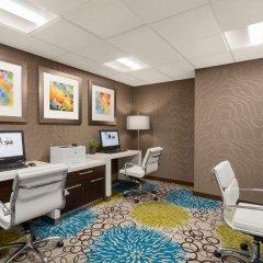Отель Hampton Inn and Suites by Hilton, Downtown Vancouver Канада, Ванкувер - отзывы, цены и фото номеров - забронировать отель Hampton Inn and Suites by Hilton, Downtown Vancouver онлайн детские мероприятия