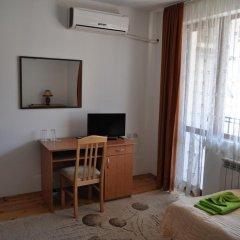Отель Family Hotel Biju Болгария, Трявна - отзывы, цены и фото номеров - забронировать отель Family Hotel Biju онлайн удобства в номере