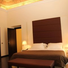 Hotel Palazzo Sitano сейф в номере