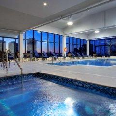 Отель Hilton Garden Inn Montreal Centre-Ville Канада, Монреаль - отзывы, цены и фото номеров - забронировать отель Hilton Garden Inn Montreal Centre-Ville онлайн бассейн