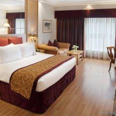 Отель Crowne Plaza Abu Dhabi комната для гостей фото 3