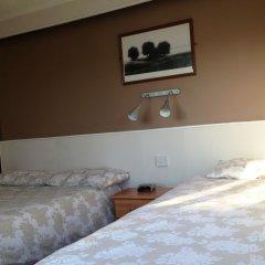 The Brentwood Hotel сейф в номере