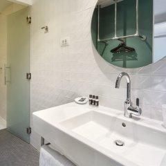 Отель One Shot Prado 23 Испания, Мадрид - отзывы, цены и фото номеров - забронировать отель One Shot Prado 23 онлайн ванная фото 2