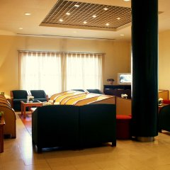 Guimarães-Fafe Flag Hotel интерьер отеля