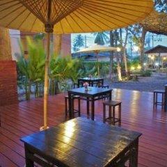 Отель Dacha Resort Phuket питание