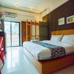 Отель Euanjitt Chill House комната для гостей