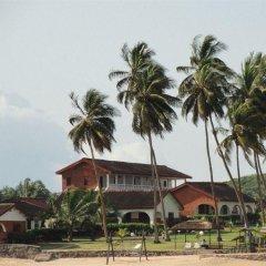 Отель Coconut Grove Beach Resort парковка
