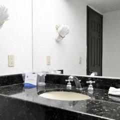 Отель San Marino Vallarta Centro Beach Front Пуэрто-Вальярта ванная