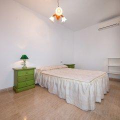 Отель Villa Bennecke Anastasia Ориуэла комната для гостей фото 2
