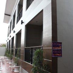 Отель Bee Orchid Pool Villa парковка