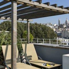Отель Citadines Montmartre Paris бассейн