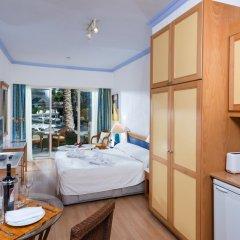 Отель Paphos Gardens Holiday Resort комната для гостей фото 2