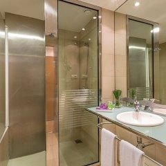 Отель Ayre Hotel Caspe Испания, Барселона - 8 отзывов об отеле, цены и фото номеров - забронировать отель Ayre Hotel Caspe онлайн ванная фото 2