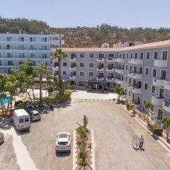 Отель Narcissos Waterpark Resort парковка