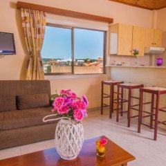 Отель Windmills Hotel Apartments Кипр, Протарас - отзывы, цены и фото номеров - забронировать отель Windmills Hotel Apartments онлайн комната для гостей фото 3