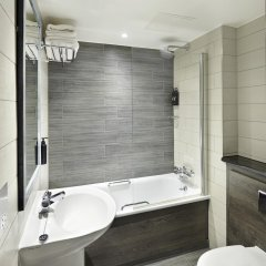 Village Hotel Glasgow ванная фото 2
