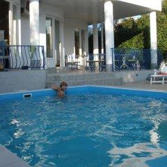 Гостиница Mini Hotel Konek в Анапе отзывы, цены и фото номеров - забронировать гостиницу Mini Hotel Konek онлайн Анапа бассейн фото 2