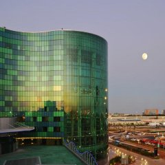 Отель Hilton Capital Grand Abu Dhabi ОАЭ, Абу-Даби - отзывы, цены и фото номеров - забронировать отель Hilton Capital Grand Abu Dhabi онлайн балкон
