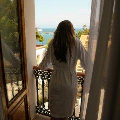 Отель Mirador de Dalt Vila – Relais & Chateaux Испания, Ивиса - отзывы, цены и фото номеров - забронировать отель Mirador de Dalt Vila – Relais & Chateaux онлайн балкон