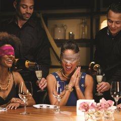 Отель Breathless Cabo San Lucas - Adults Only гостиничный бар