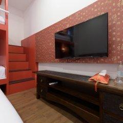 Отель Ama Hostel Bangkok Таиланд, Бангкок - отзывы, цены и фото номеров - забронировать отель Ama Hostel Bangkok онлайн удобства в номере фото 2