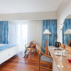 Tropical Hotel комната для гостей