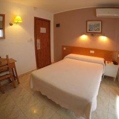 Hotel Complejo Los Rosales сейф в номере