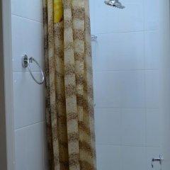 Гостиница Mini Hotel Ponayekhali в Ярославле 6 отзывов об отеле, цены и фото номеров - забронировать гостиницу Mini Hotel Ponayekhali онлайн Ярославль ванная