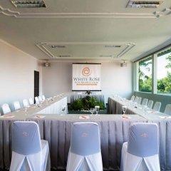 Отель White Rose Kuta Resort, Villas & Spa