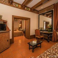Отель Bernini Palace Италия, Флоренция - 9 отзывов об отеле, цены и фото номеров - забронировать отель Bernini Palace онлайн удобства в номере