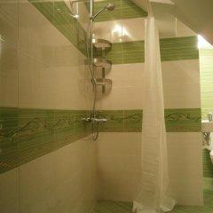 Отель Ivory Tower Hostel Болгария, София - отзывы, цены и фото номеров - забронировать отель Ivory Tower Hostel онлайн ванная