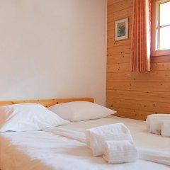 Отель Edelweiss - Six Bedroom Нендаз комната для гостей фото 3