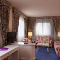 Отель Ayre Hotel Sevilla Испания, Севилья - 2 отзыва об отеле, цены и фото номеров - забронировать отель Ayre Hotel Sevilla онлайн комната для гостей фото 5